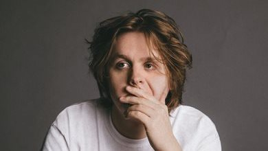 Lewis Capaldi on Colours and also in Prague this fall